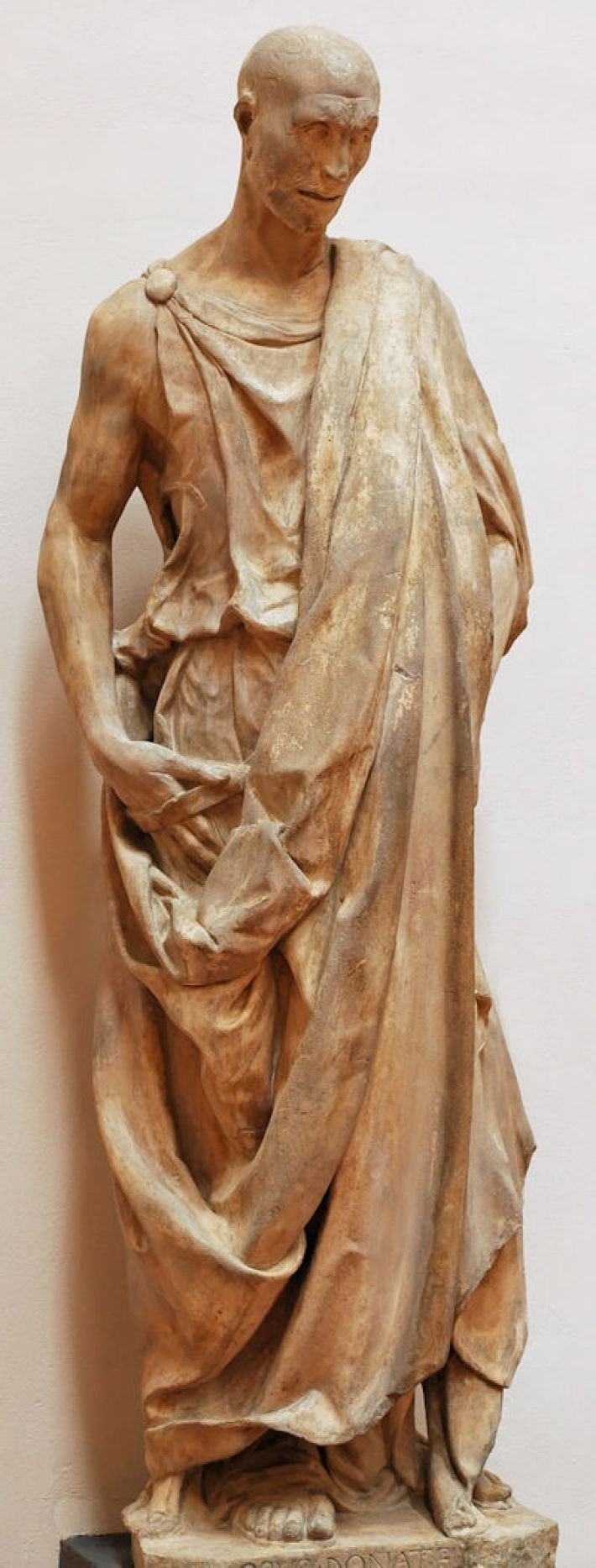 Donatello, Zuccone [Ook bekend als: 'De profeet Habakuk], 1423-25, marmer, hoogte: 196 cm, Museo dell'Opera del Duomo, Florence