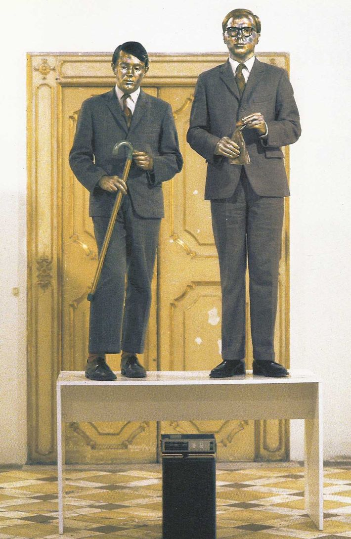 Gilbert & George, Singing sculptures, performance, Courtesy Galleria L'Attico, Rome