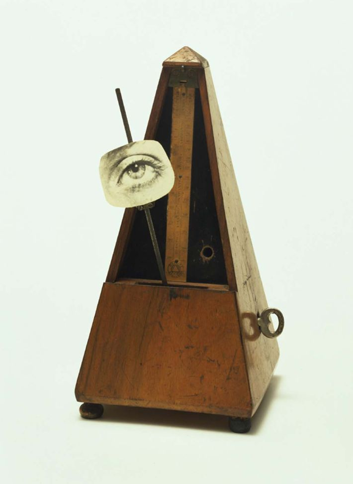 Man Ray, Indestructible Object (or Object to Be Destroyed), 1923, sculptuur (readymade), Museum of Modern art, New York